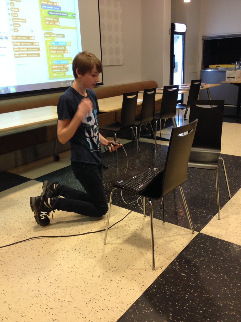 Thomas har kombinert Scratch og sensorer